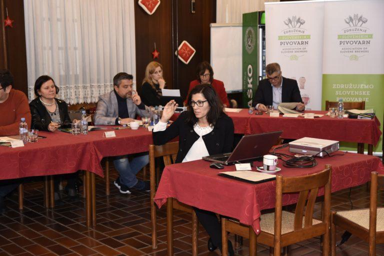 skupscina-december-2016-alenka-v-akciji